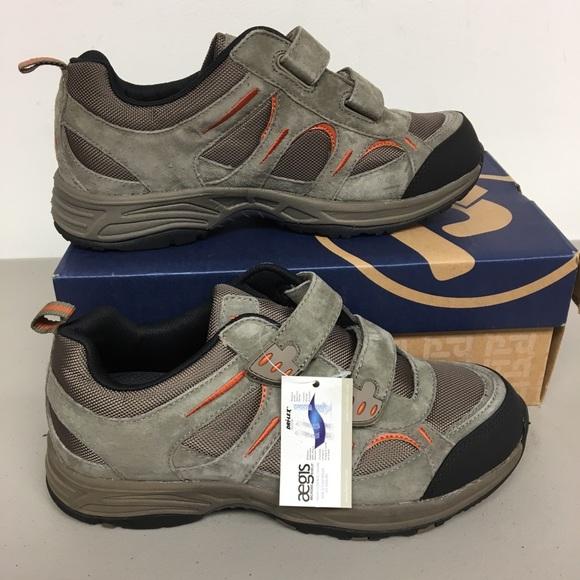 81174aae965b8 Propet Connelly strap walking shoe men's size 8.5 NWT